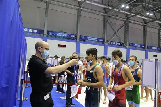 رقابت های کشتی فرنگی جوانان قهرمانی جهان / روسیه :